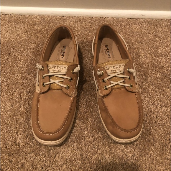 Sperry Shoes - Tan Sperry boat shoes